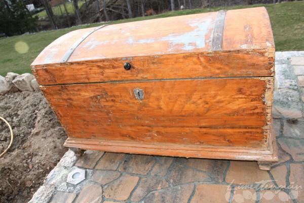 Holztruhe restaurieren